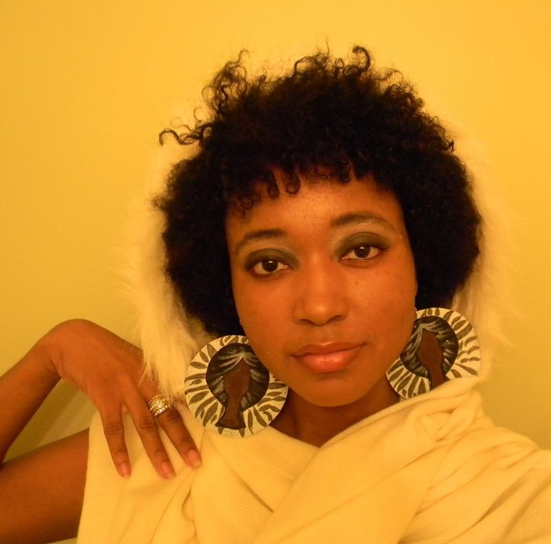 Me wearing the Natural Sista Wig & Earrings